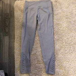 Gray VS sport ruffle leggings size small